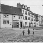 Große-Steinstraße_Ecke-Schimmelstraße_alte-Bebauung_um-1901. Foto. Stadtarchiv S-9.2.BILK-BK-4340